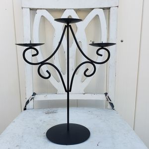 Other - Dramatic candle holder candleabra